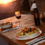 Adlerhorst Terrasse Sonnenuntergang Abendessen
