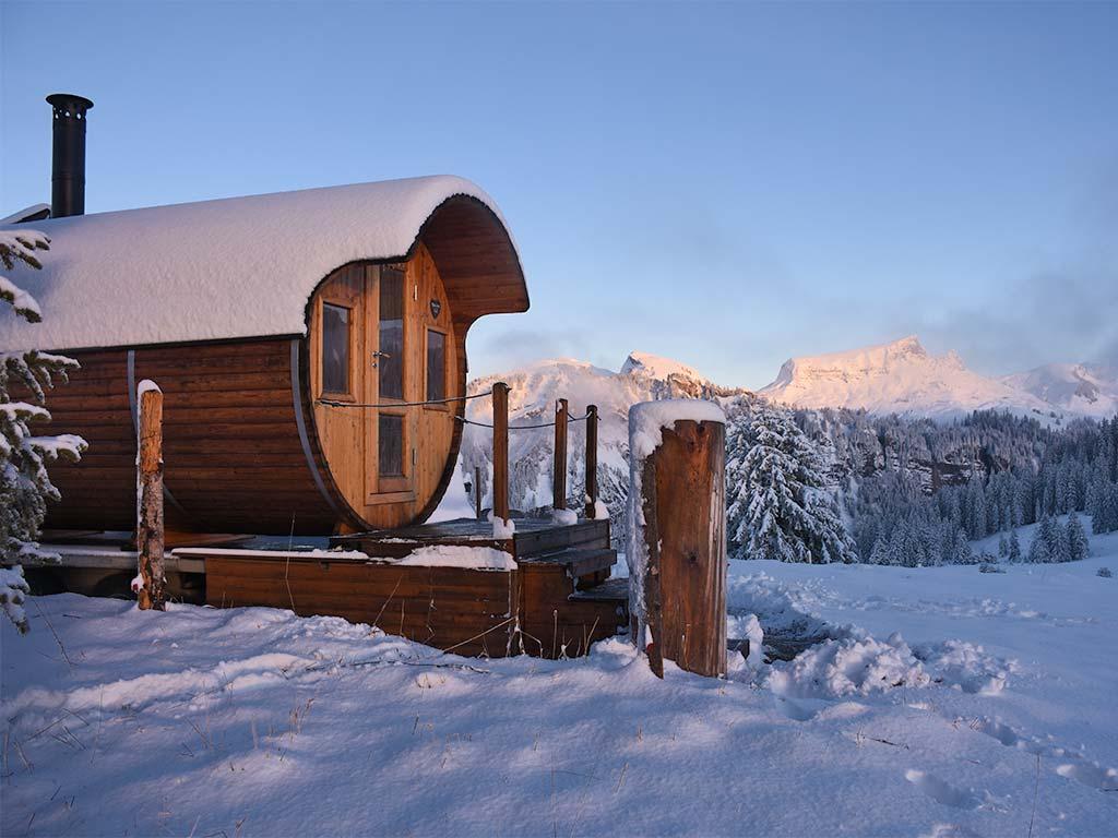 Sauna Schnee Alpenfasssauna Adlerhorst Oberiberg Winter
