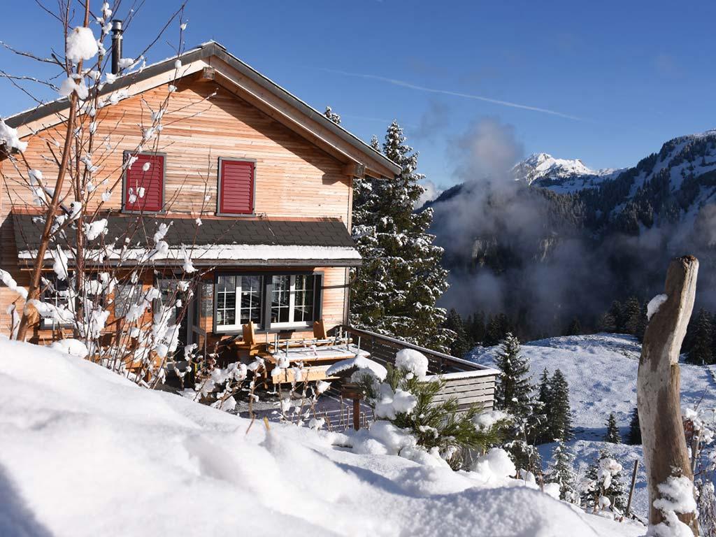 Berggasthaus Adlerhorst aussen Winter Schnee