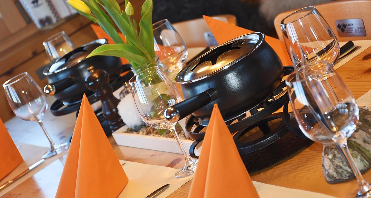 Fondue Chinoise Gala-Dinner Berggasthaus Adlerhorst Gruppenanlass