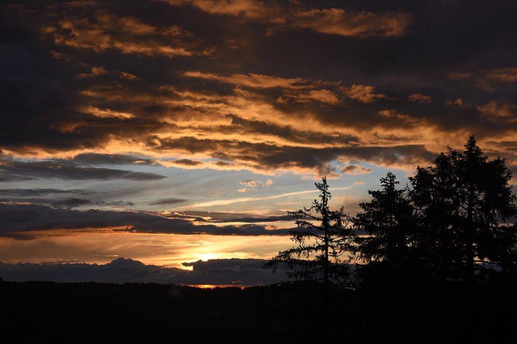 Adlerhorst Hoch-Ybrig Sonnenuntergang