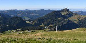 Hoch-Ybrig Bergbahn Sessellift Roggenstock Panorama