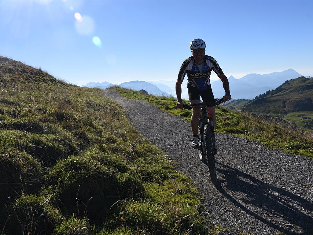 Mountainbike Panoramastrecke Hoch-Ybrig 967 966