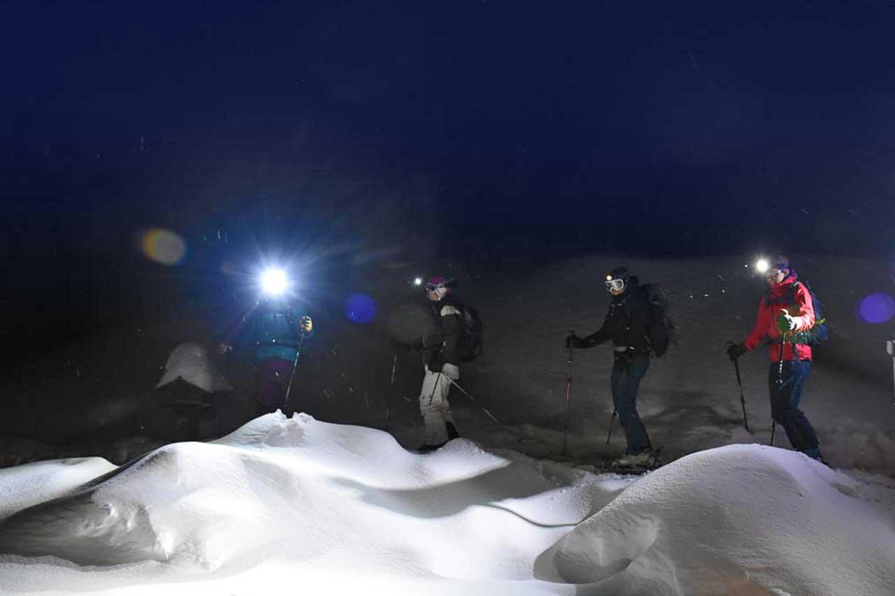 Vollmondtour Skitour Schneeschuhtour Adlerhorst Hoch-Ybrig