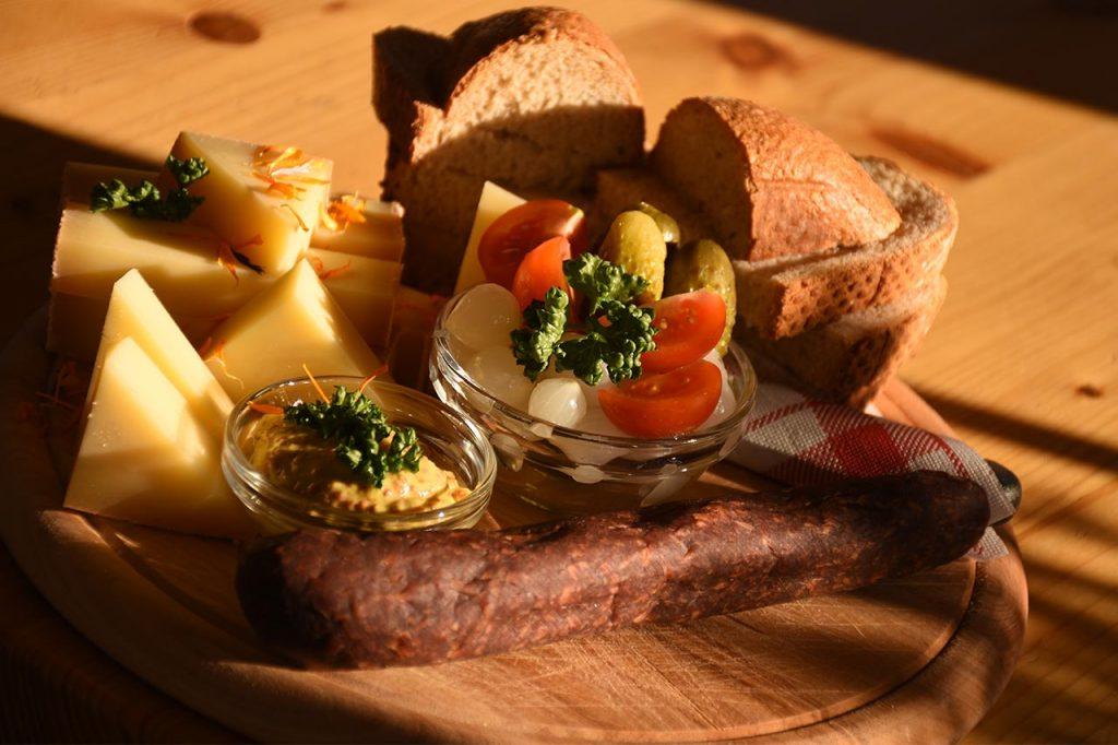 Adlerhorst Plättli Lunch