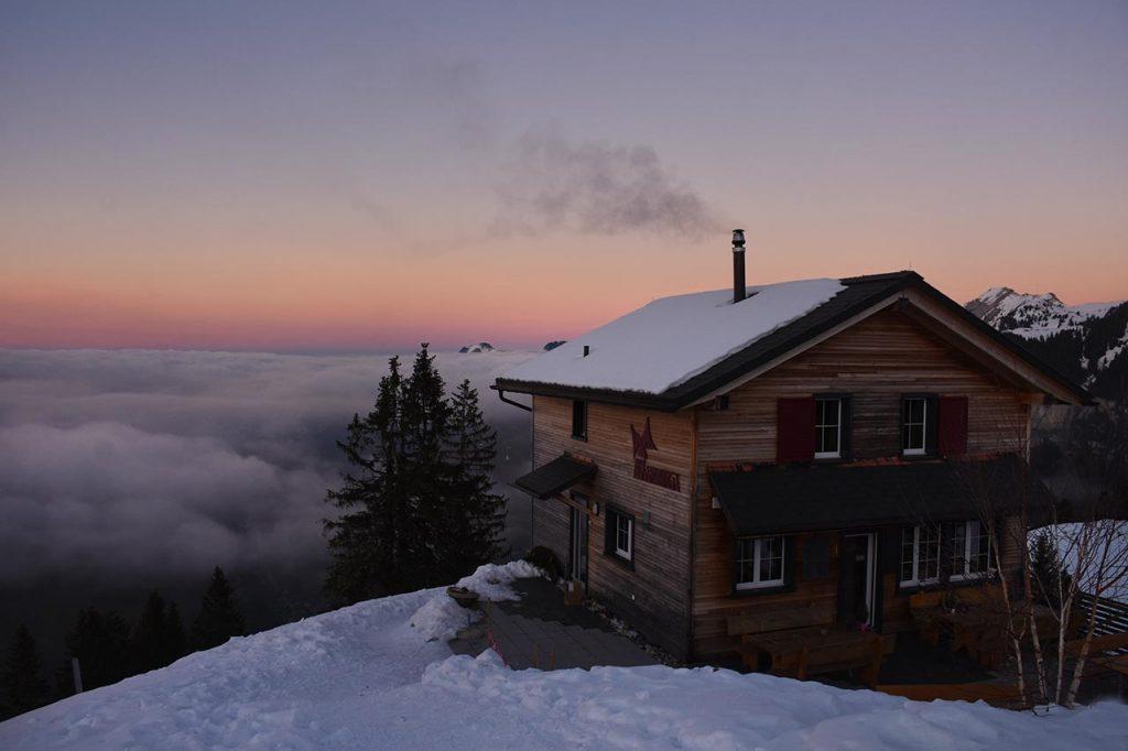 Morgenstimmung Nebel Sonnenaufgang Berghütte Adlerhorst