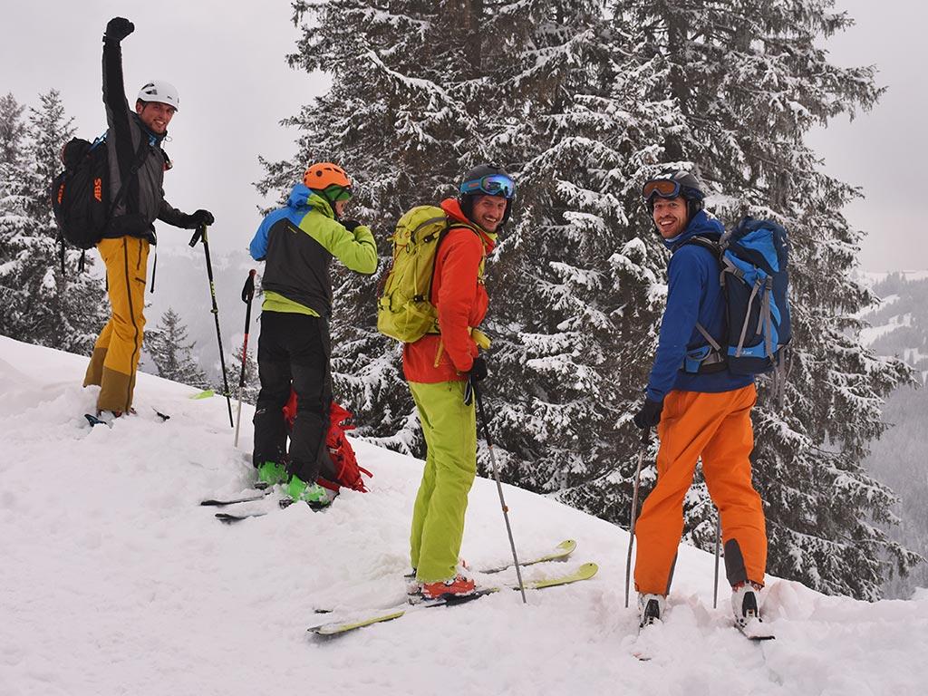 Skitouren-Gruppe Adlerhorst Roggenstock Winter